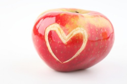 love--healthy--organic-food--red-apple_3322684
